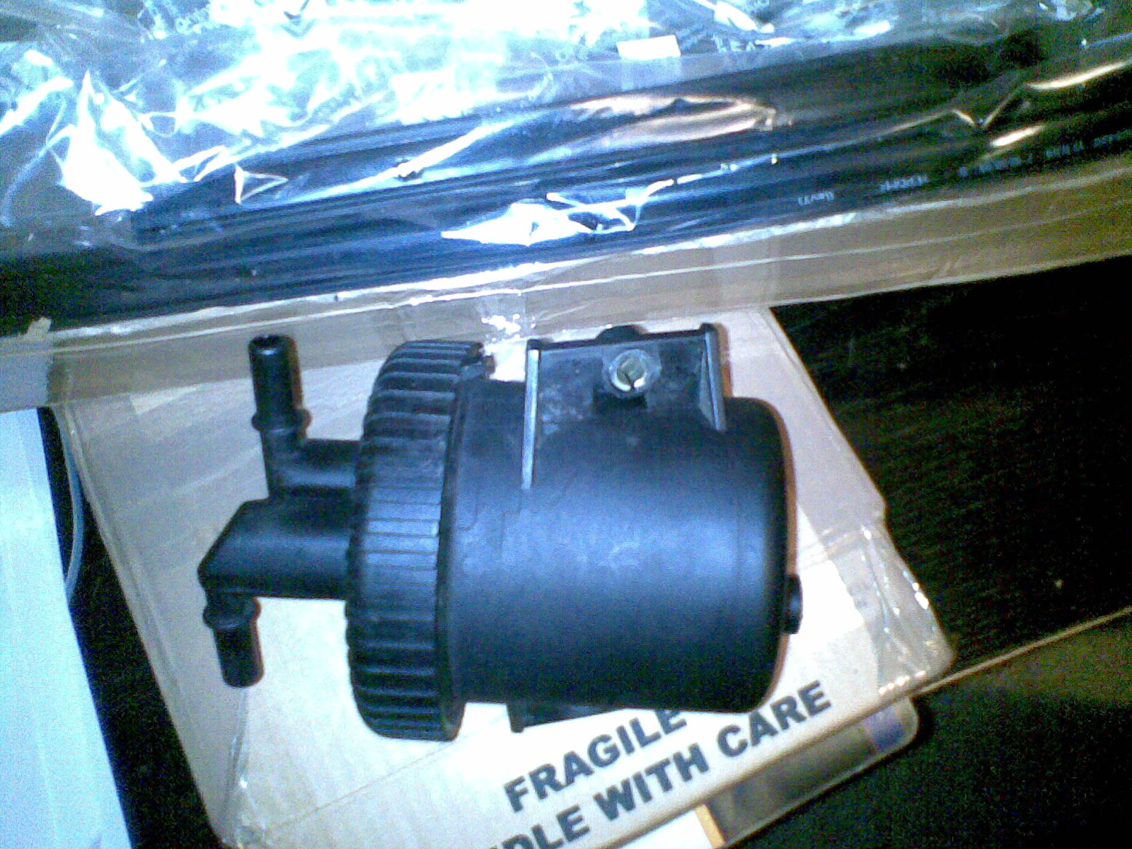 N  S Door Sill Seal W  Clips   Used Fuel Filter Housing